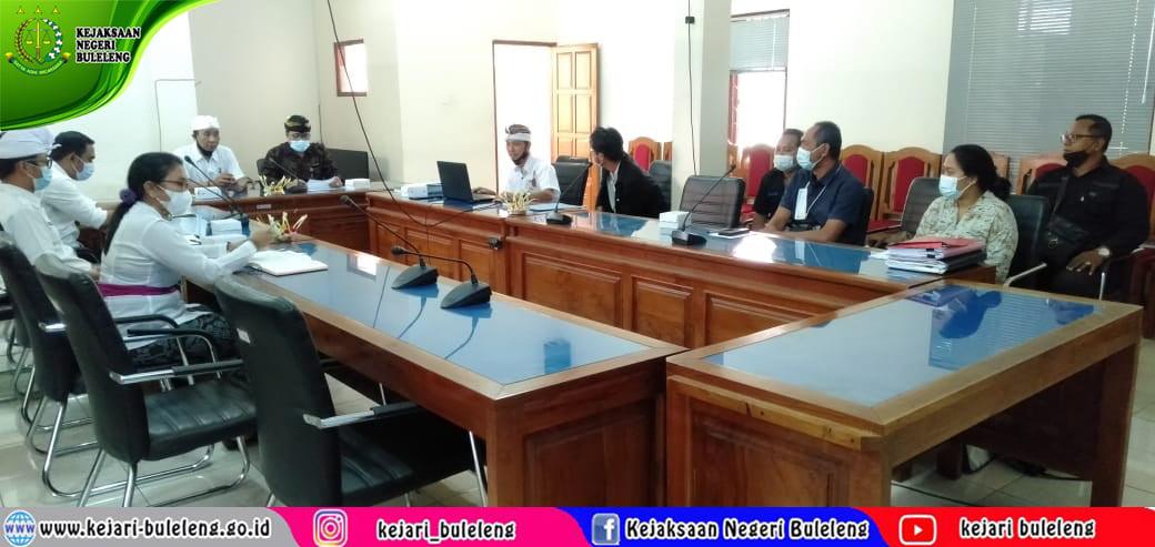 Rapat Persiapan Penunjukan Penyedia dan Persiapan penandatanganan kontrak terkait Pekerjaan Rrehabilitasi Gedung dan Rumah Dinas Kejaksaan Negeri Buleleng